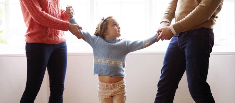El derecho al regimen de visitas y comunicaciones de los menores