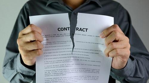 Suspensión de contratos por impago
